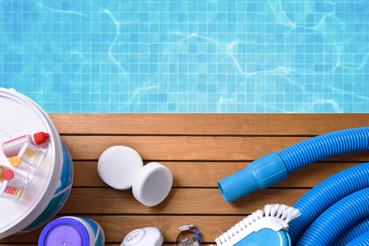 Como limpar piscinas para curtir o verão sem riscos