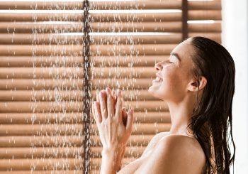Beleza e saúde andam juntas: 4 cuidados ao tomar banho
